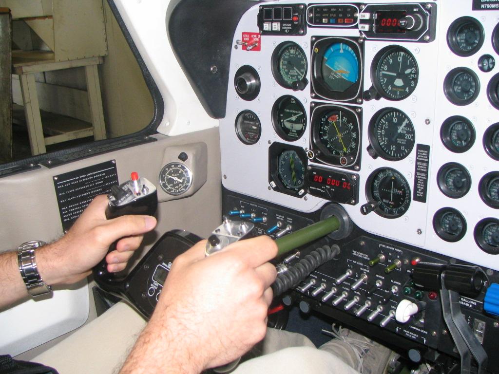 Baron 58 Panel and placards  - Cockpit Designers - X-Plane Org Forum