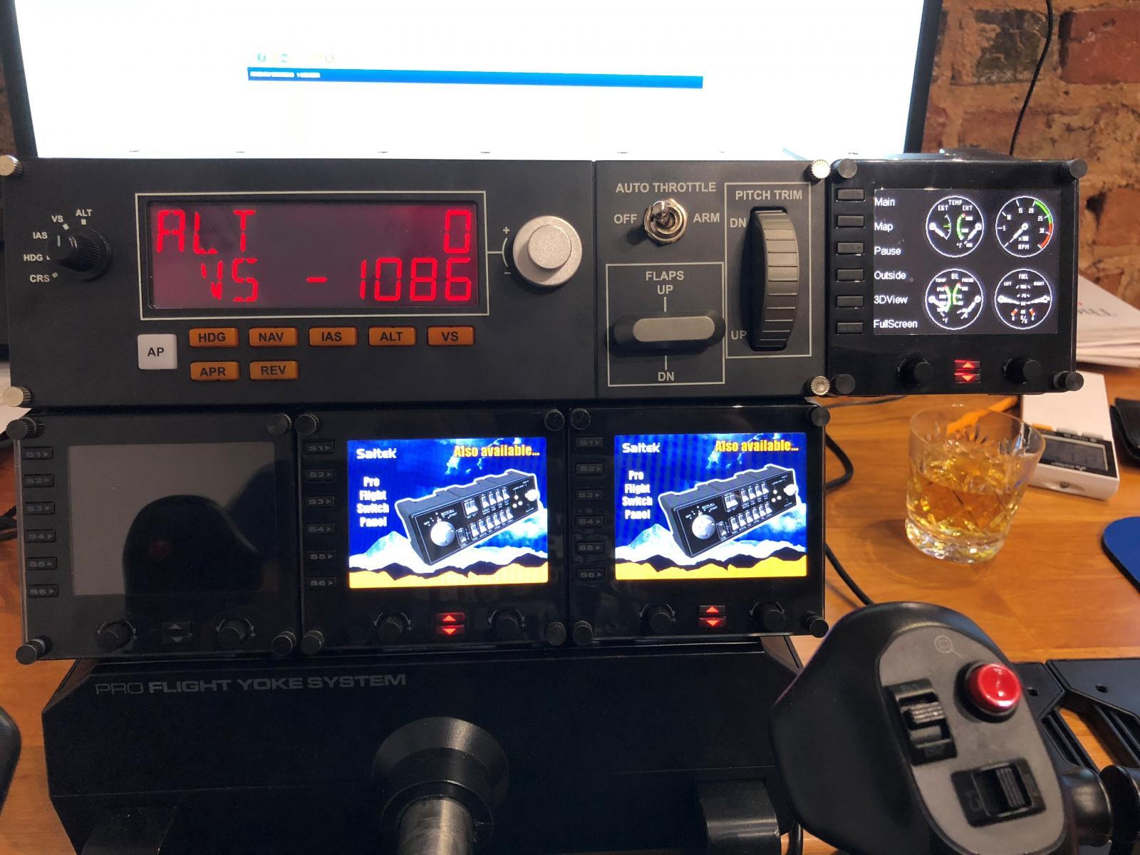 Logitech Saitek Pro Flight Instrument Panel